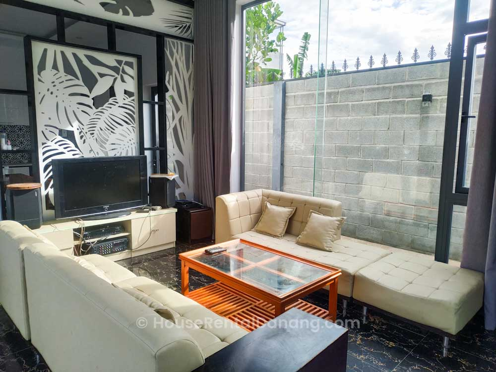 House-Rental-Danang-Code-V1470_-3