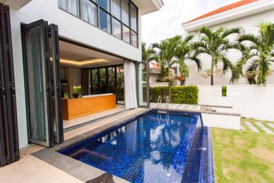 Villa With 3 Seaside Bedrooms For Rent In Da Nang