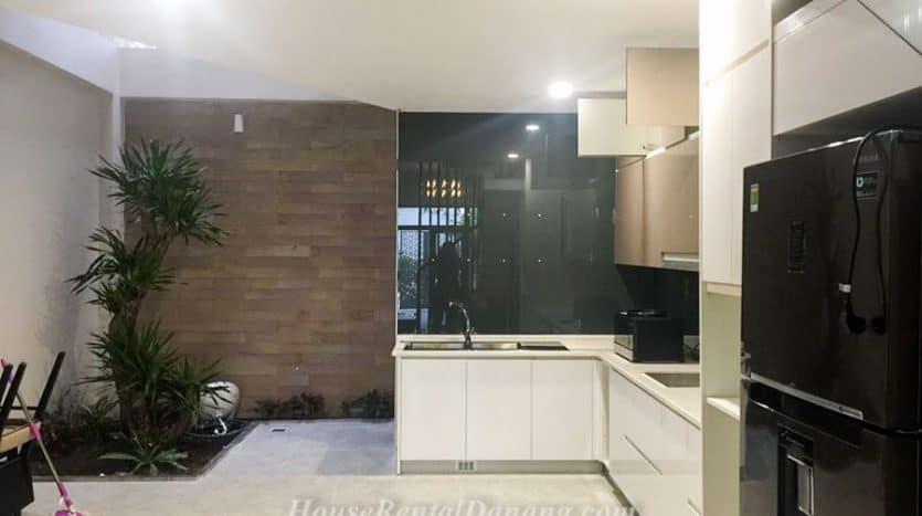 House-Rental-Danang-Code-1691-14-835x467-1