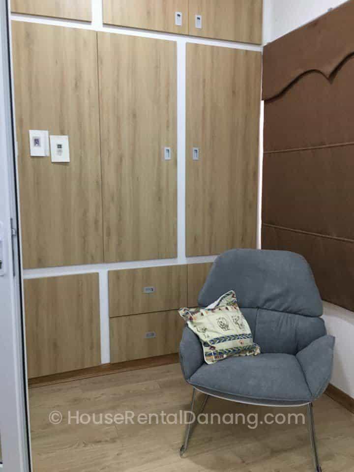 z2346391782065_178db5825fccd663883fefa3e5def42b- House Rental Danang Agency